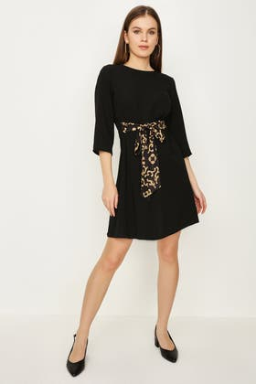 BLACK BAROQUE BELTED TUNIC DRESS