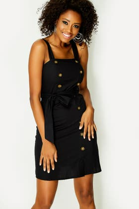 BLACK BELTED BUTTON PINAFORE DRESS