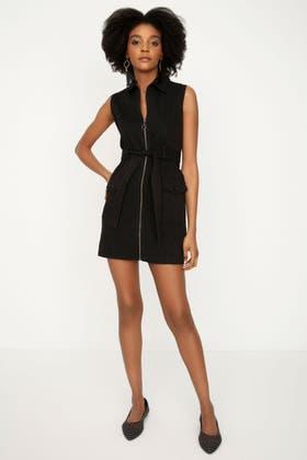 BLACK BELTED ZIP SLEEVELESS DRESS