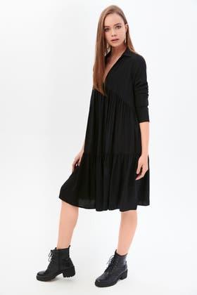 BLACK COLLAR V NECK TIERED VISCOSE DRESS