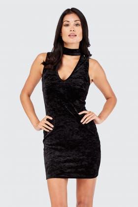 BLACK CRUSHED VELVET CHOKER BODYCON DRESS