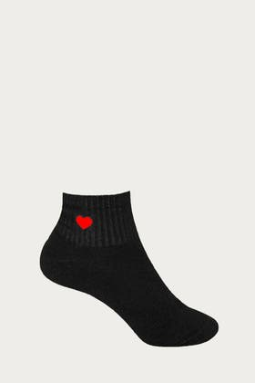 BLACK HEART EMBROIDERY SOCKS