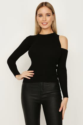 BLACK ONE SIDE CUT OUT JUMPER