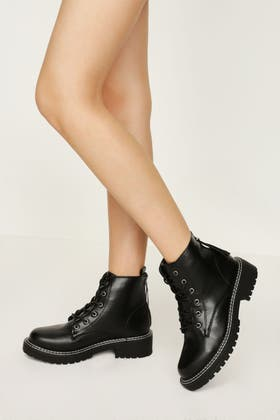 BLACK TWIN STITCH CLEATED SOLE ANKLE BOOT
