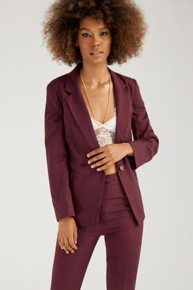 BURGUNDY DOUBLE BREASTED STATEMENT JACKET