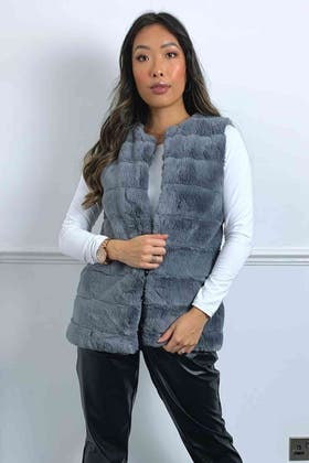 CHARCOAL PELTED TEDDY FUR GILET