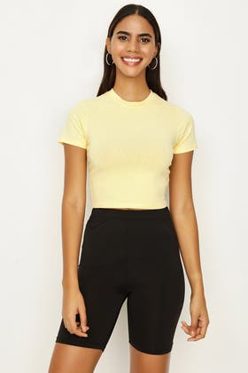 CREME BRULEE BASIC FITTED CROP TEE