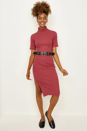 EARTH RED RIB JERSEY BELTED DRESS