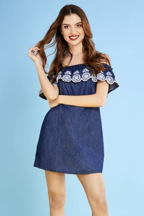 MIDWASH FRILL DETAIL EMBROIDERED DRESS