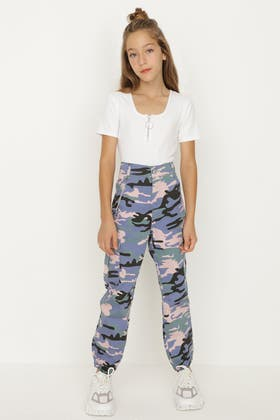 BLUE-MULTI GIRLS CAMO CARGO TRS WITH CHAIN