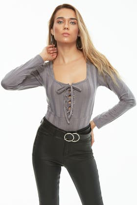 MID GREY LACE UP SQUARE NECK WIDE RIB BODY