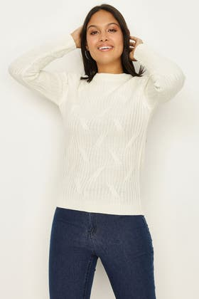 IVORY LARGE CABLE KNIT JUMPER