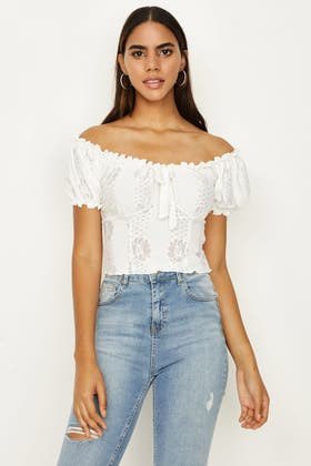 IVORY TEXTURED FLORAL SHIRRED TOP