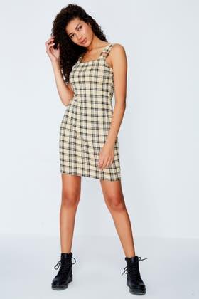 LATTE CHECK HORN BUCKLE PINAFOIRE DRESS