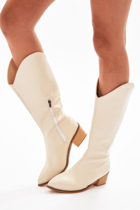 WHITE KNEE HIGH WESTERN BOOTS