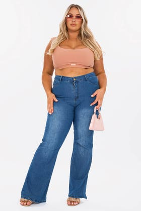 MIDWASH Plus Highwaisted side split hem flare jeans