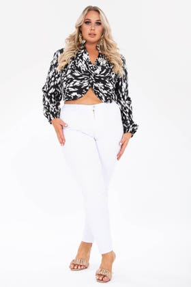 WHITE PLUS HIGH WAISTED SKINNY JEANS WITH BUTTON AND ZIP