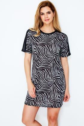 MONO ZEBRA SHIFT DRESS