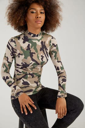 MULTI CAMO BRUSHED ROLL NECK