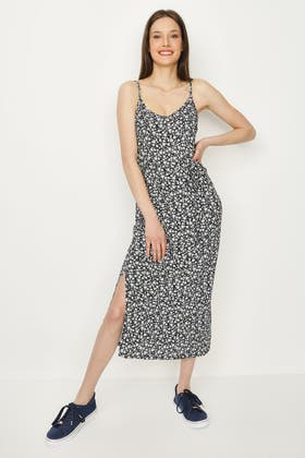 MULTI DITSY JERSEY BELTED MAXI DRESS