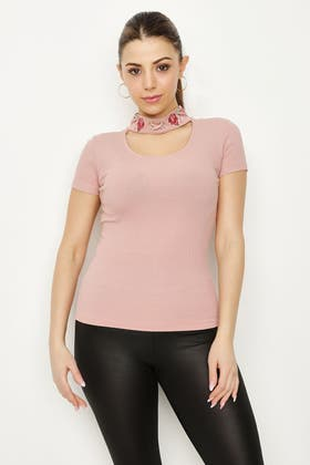 COSMETIC EMBROIDERED NECK DTL CROP