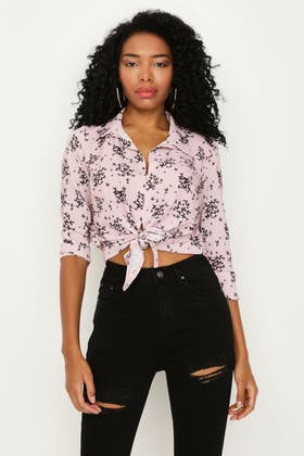 PINK BUTTERFLY PRINT CREPE TIE FRONT SHIRT