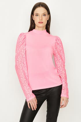 CANDY SUGAR LACE PUFF SLEEVE TOP