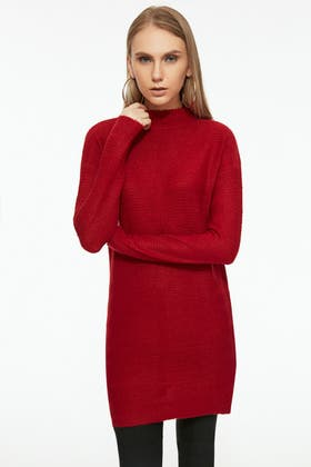 RED BRUSHED LINKS LINKS FUNNEL NECK TUNIC