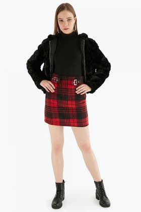 RED DOUBLE BUCKLE BRUSHED MINI SKIRT