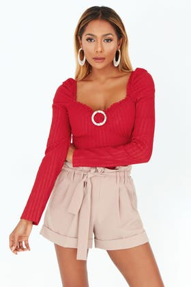 RED PLAIN BUCKLE PUFF SLEEVE TOP