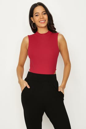 RED RIBBED HIGH NECK BODY
