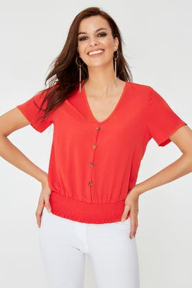 RED SHIRRED DETAIL HORN BUTTON TOP