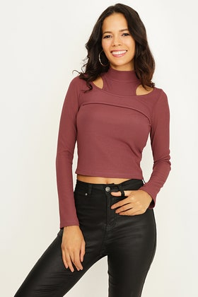 APPLE BUTTER CUT OUT ROLL NECK TOP