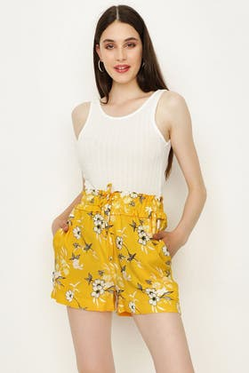 YELLOW FLORAL TIE WAIST SHORTS